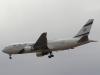 Самолет авиакомпании El Al в полете