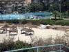 Хадера. Пляж и бассейн в приморской полосе